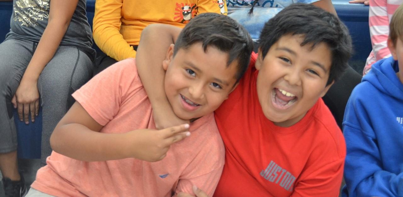 4th grade students at pep rally